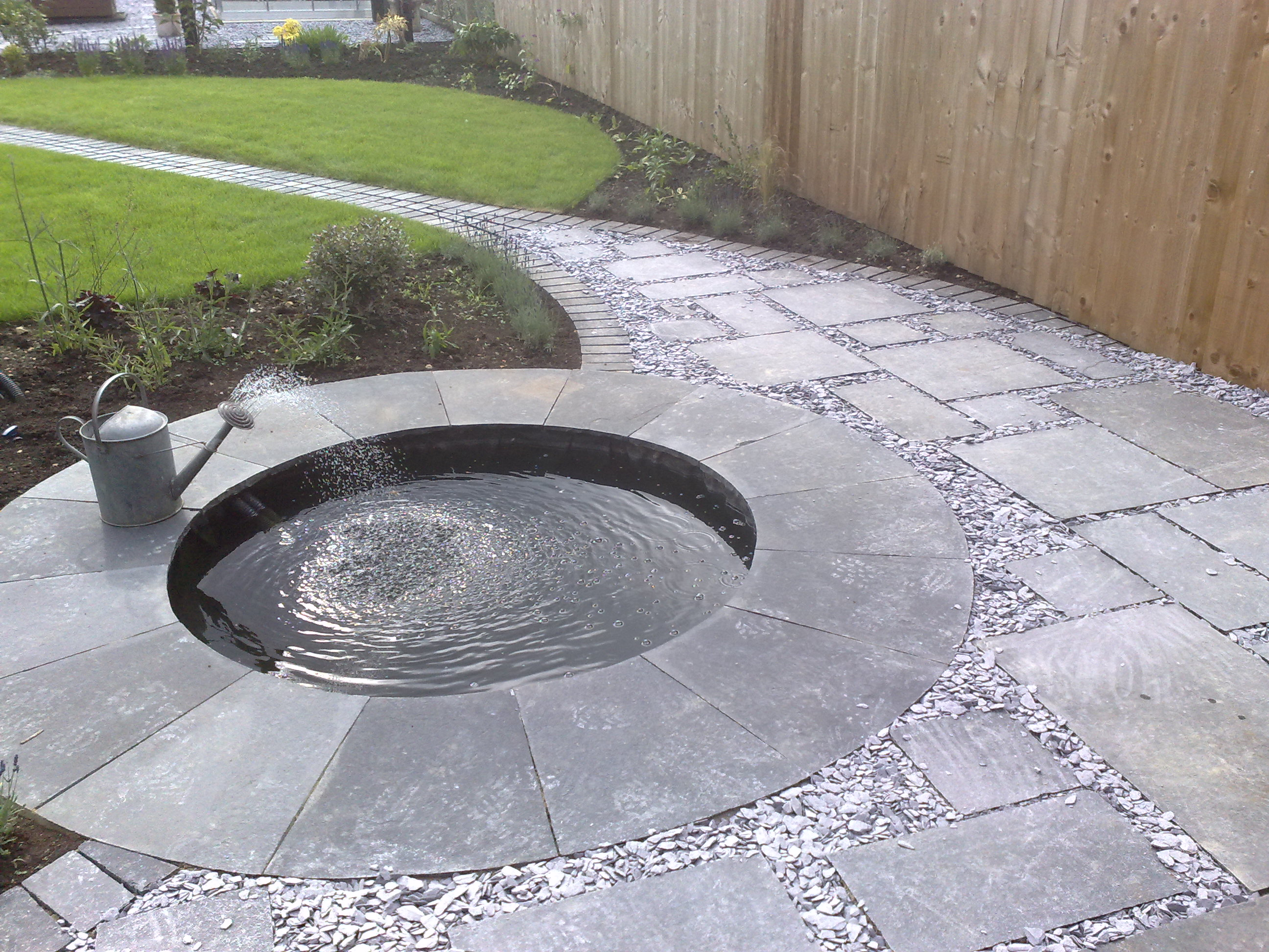 Landscapers landscaping cambridge ely newmarket huntingdon for Garden pond design and construction